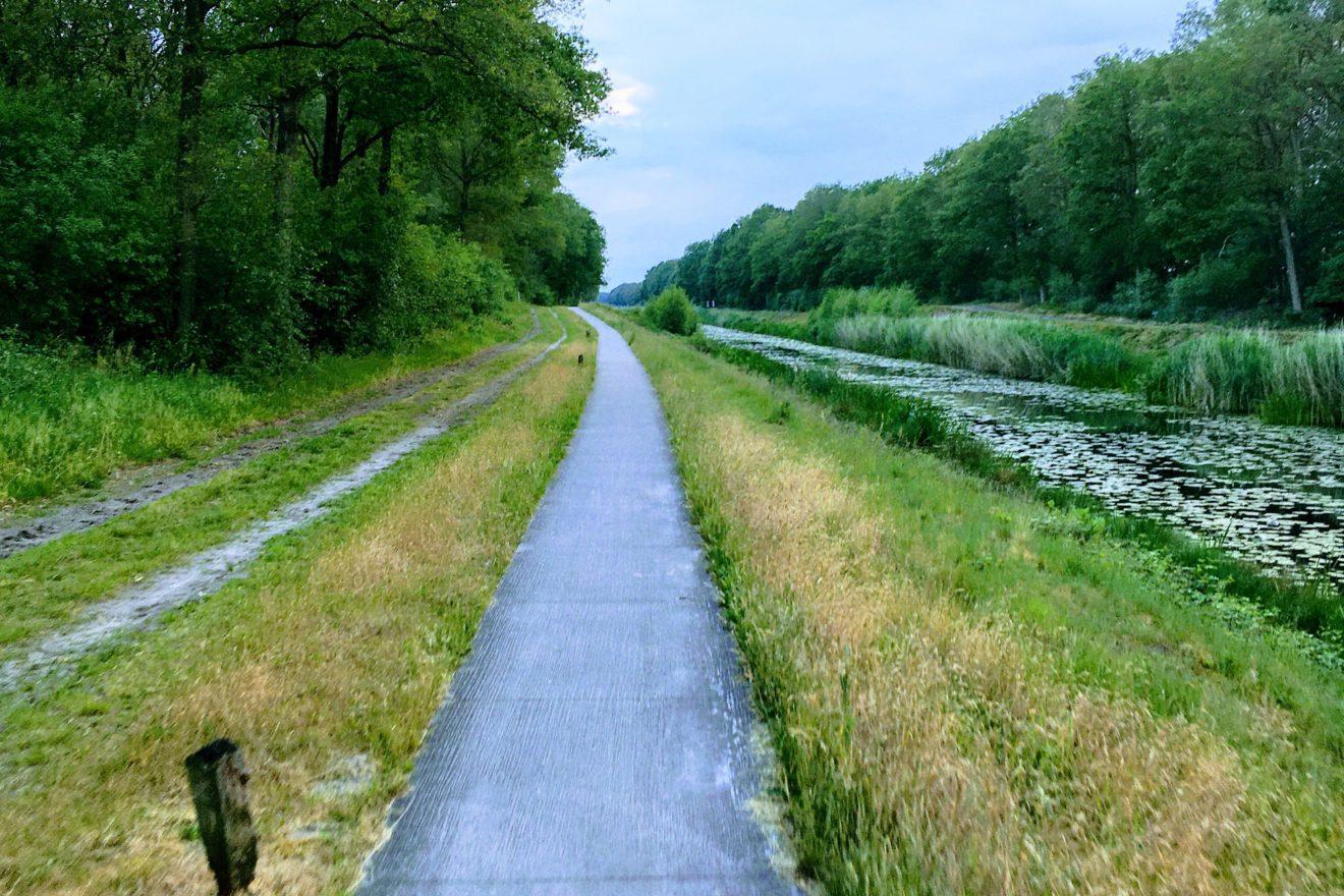 Dinkelland verbreitert Radweg am Nordhorn-Almelo-Kanal